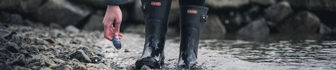 Rubber boot guide